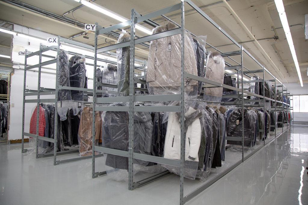 widespan bulk shelving E series boltless shelving system coat bar accessories distribution for e commerce